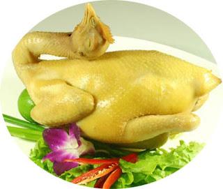 vong 2 chuan voi salad thit ga rau can.