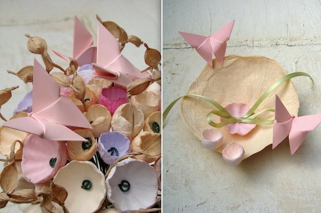 bouquet e postafedi tinte pastello con fiori di carta e farfalle origami