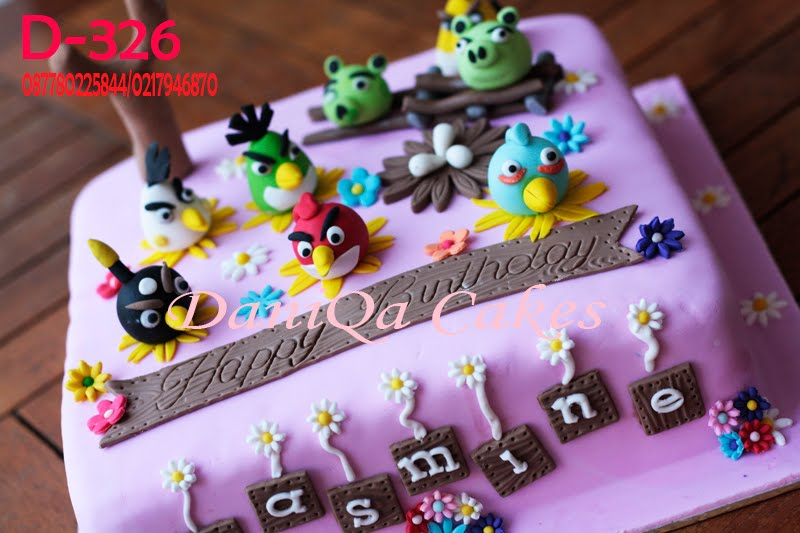 Daniqa Cakes Traditional Snack Angry Birds Birthday Cake