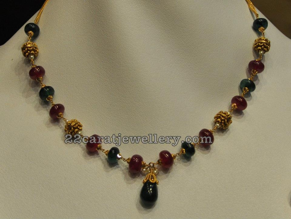 Simple jewellery for kurthis jewellery designs for Simple gold ornaments