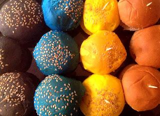 Foto Mini hamburguesas de colores