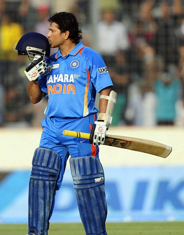 mp3downloadsplaza: Sachin Tendulkar 100th century full video Free ...