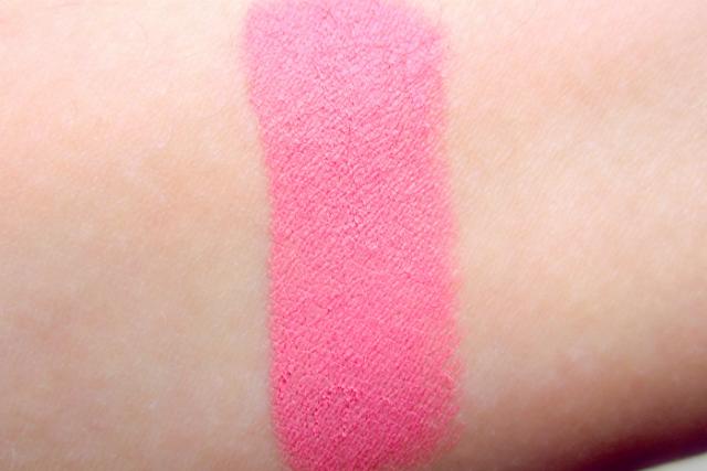 Illamasqua Powder Blush in Hussy (swatch)