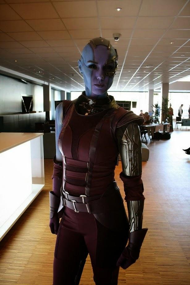 Alucinante Cosplay de Nébula de 'Guardianes de la Galaxia'
