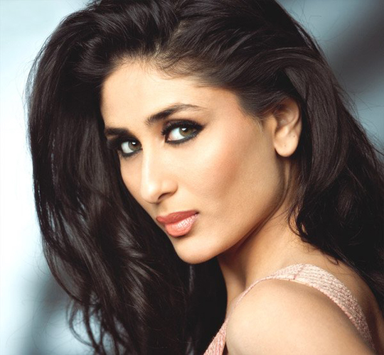 Kareena Kapoor hot sexy Indian actress sizzling beauty queen of Bollywood.