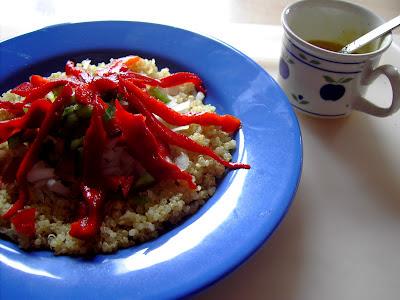 Ensalada de quinoa y pimiento