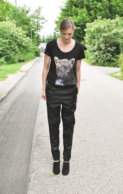 leather sweatpants, asos leather sweatpants, sold out leather sweatpants, printed shirt, leopard shirt, studed shirt