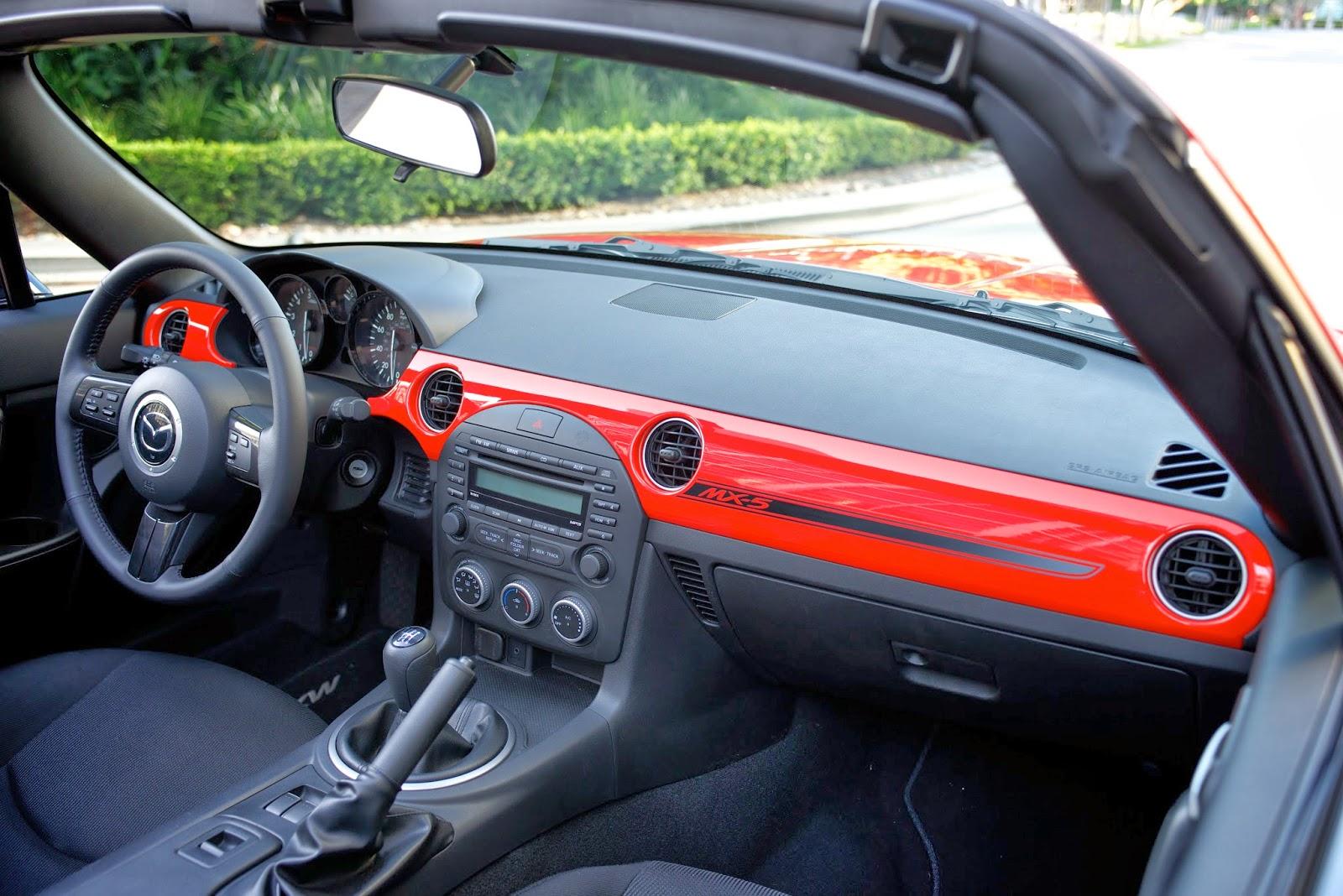 Interior shot of a 2014 Mazda MX-5 Miata Club