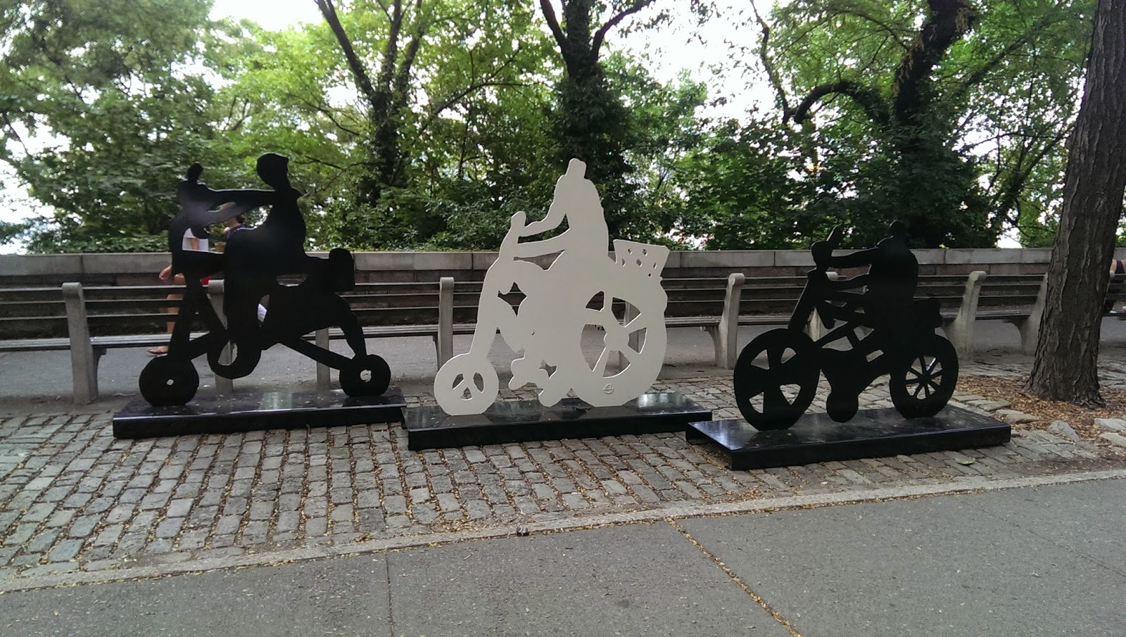 Biking Sculptures in Brooklyn Heights