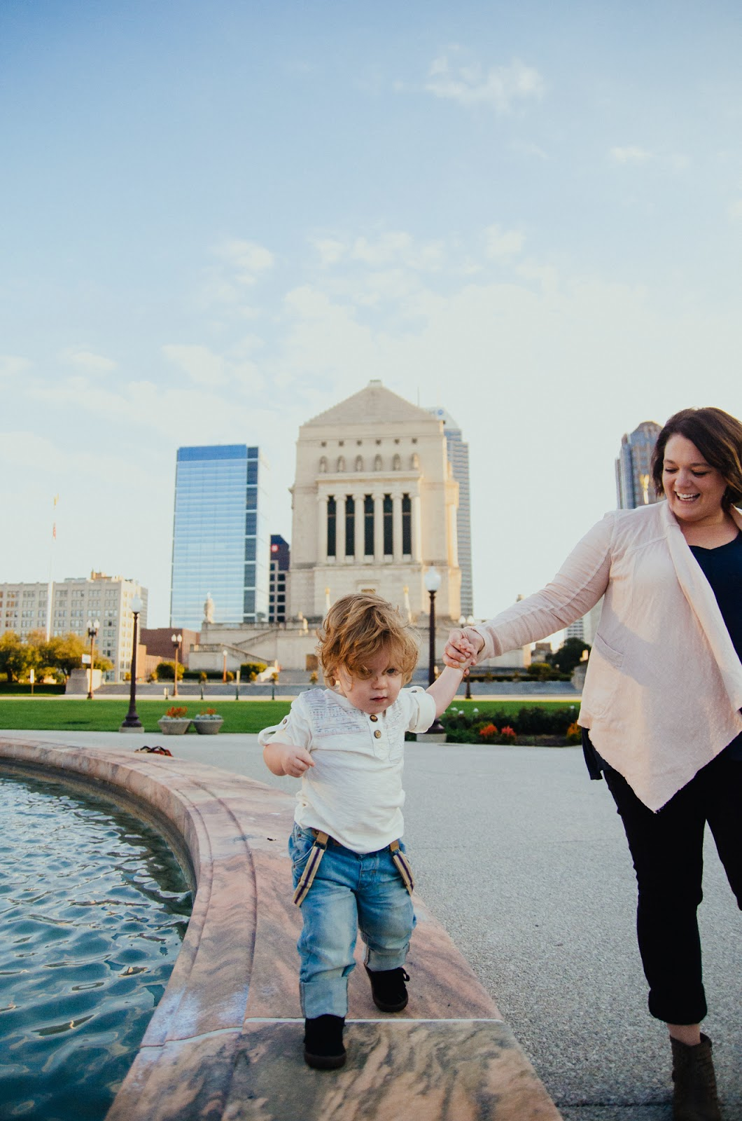 baby takes a walk by fountain, indianapolis family photographer