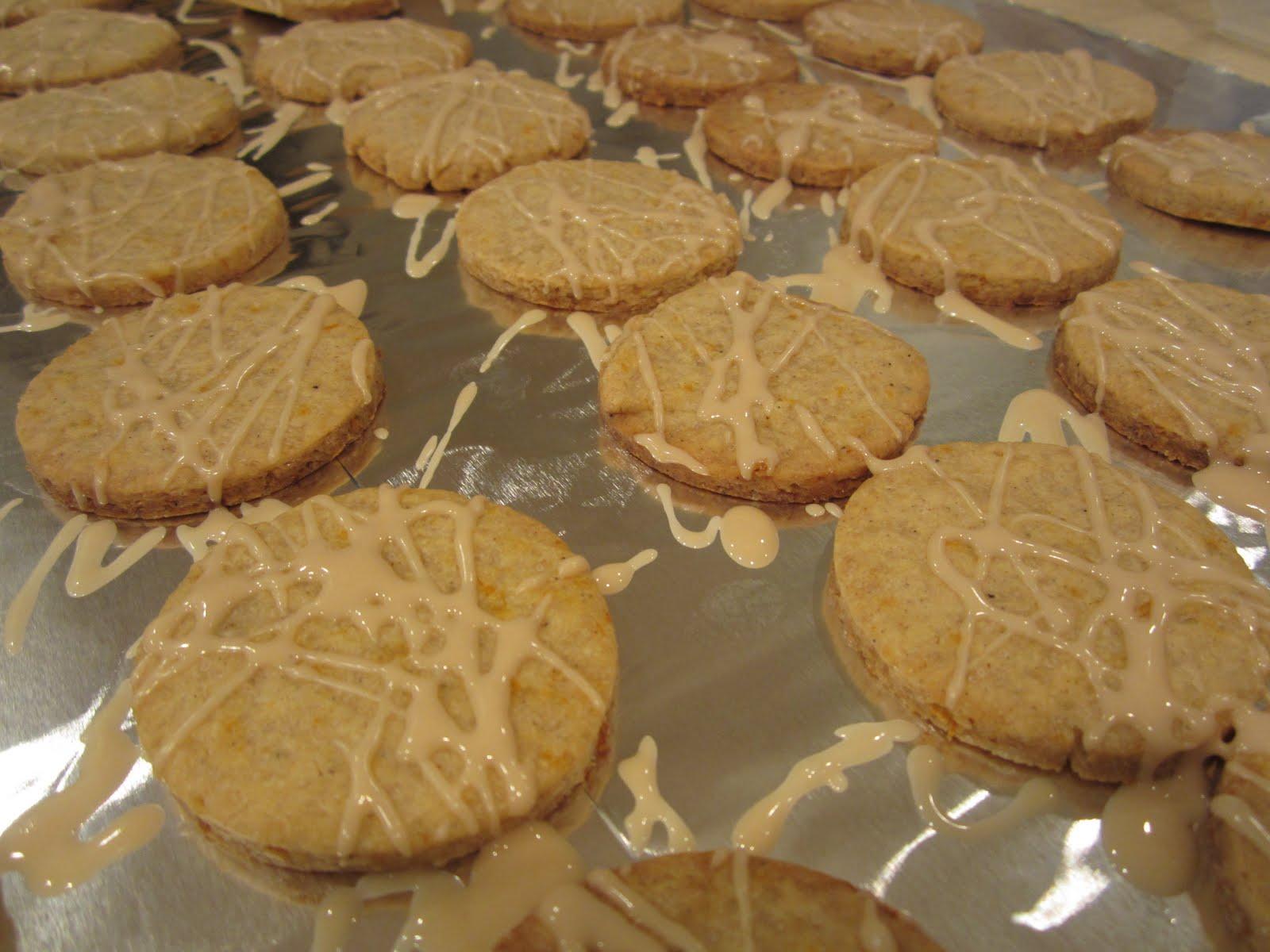 The Full Plate Blog: orange-cardamom cookies