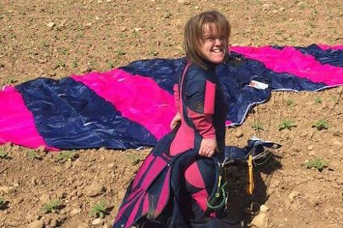 Paraquedista anã morre após falha em equipamento durante salto