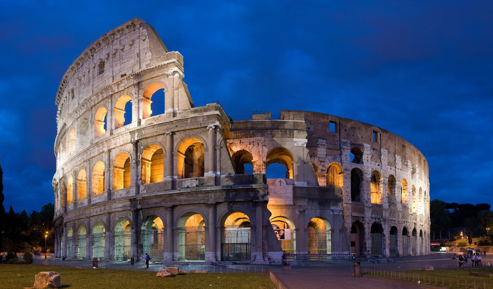 The Colosseum in Rome, source www.telegraph.co.uk