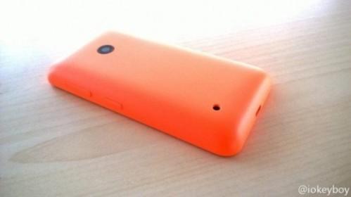 Svelate alcune prime immagini del successore del Nokia Lumia 520