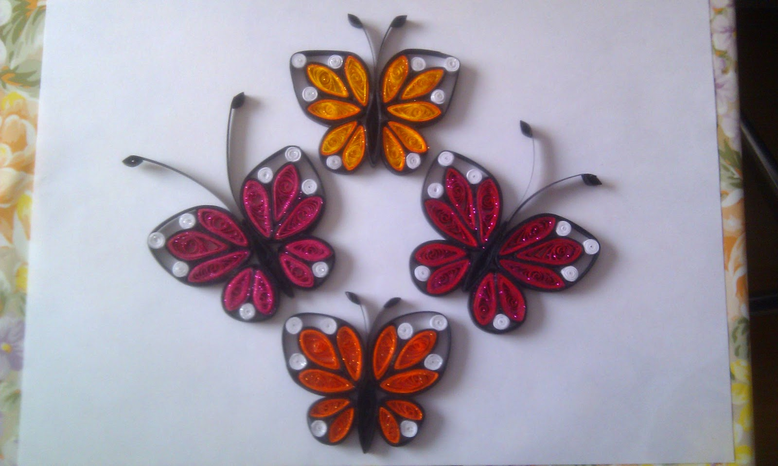 Mititika quilling art quilling fluturi for How to quilling art