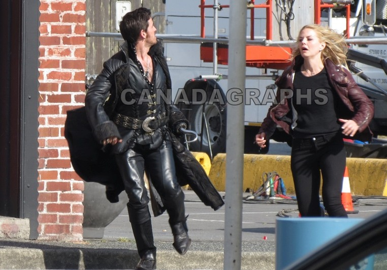 Once Upon A Time - Episode 4.01 - A Tale Of Two Sisters - Set Photos