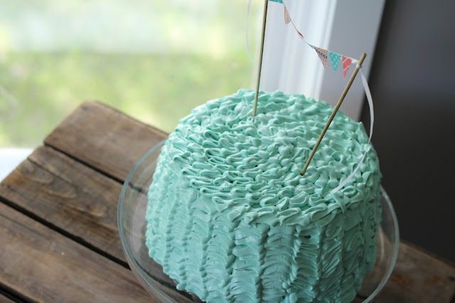 Ruffle Cake Tutorial from Pretty Little Details.