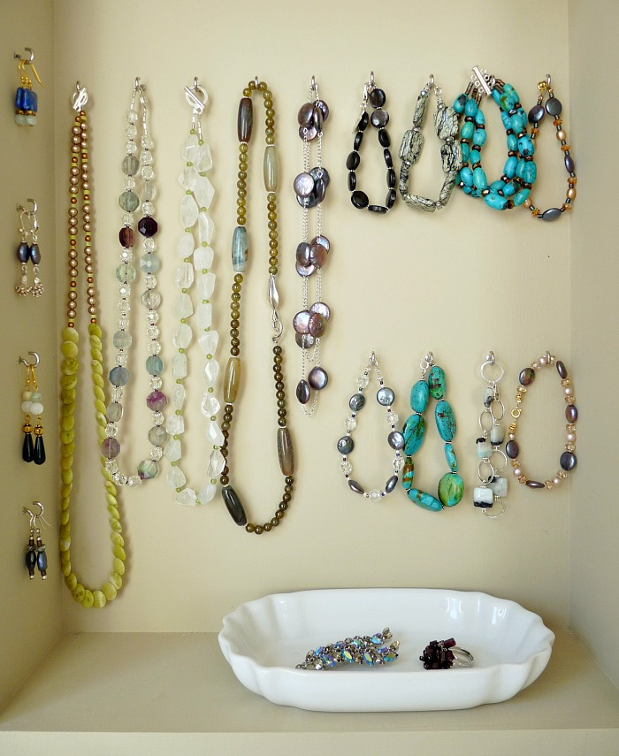 DIY jewellery storage