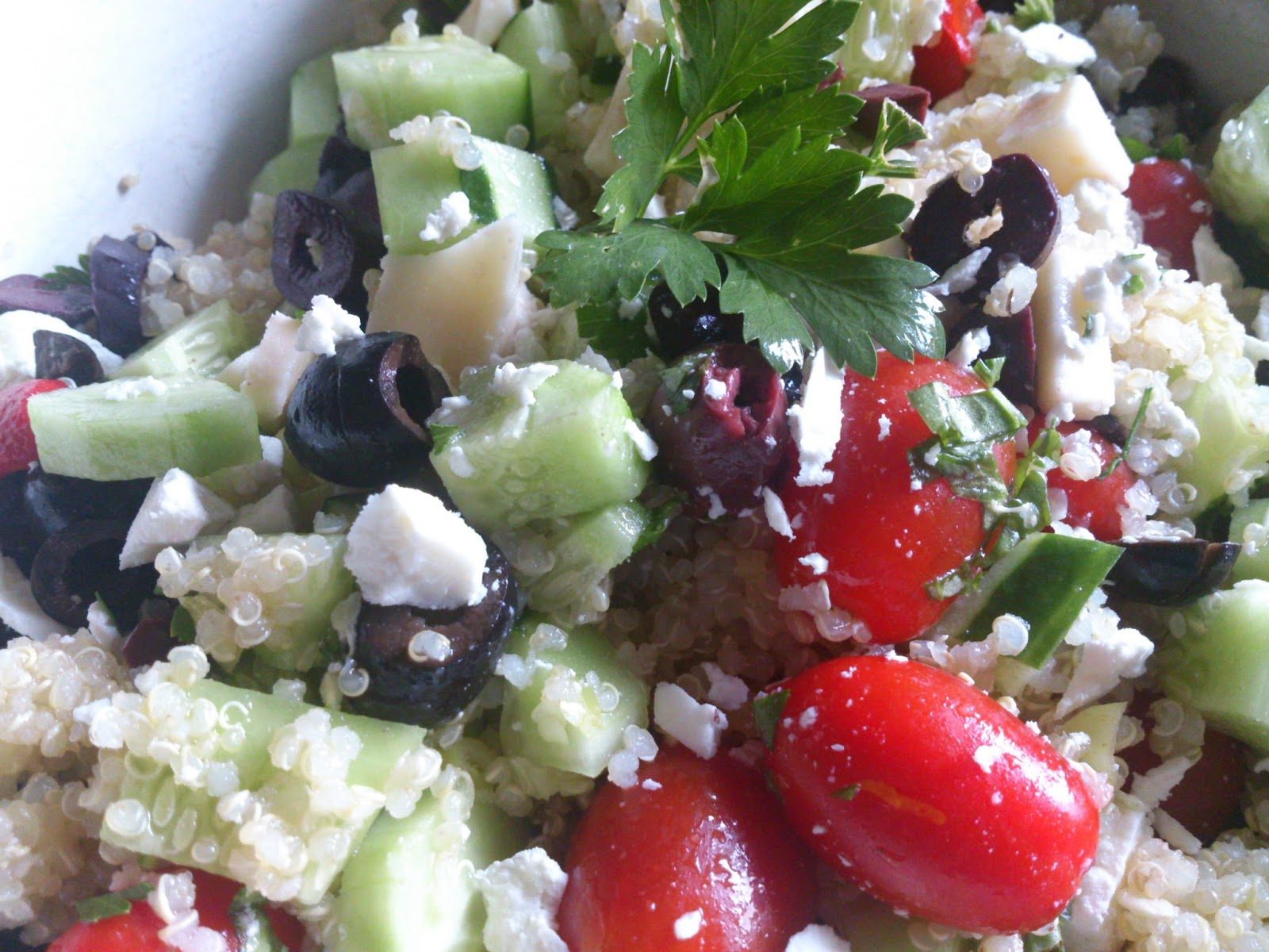 Sunny Simple Life: Greek Quinoa Salad