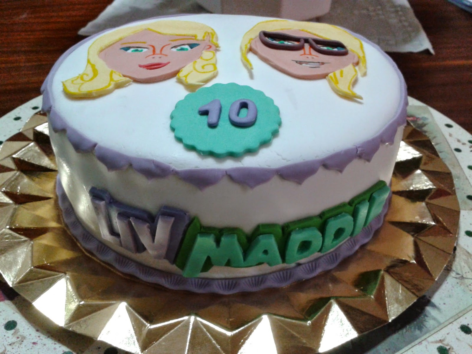 Cupcakes tenerife tarta liv y maddie - Cupcakes tenerife ...
