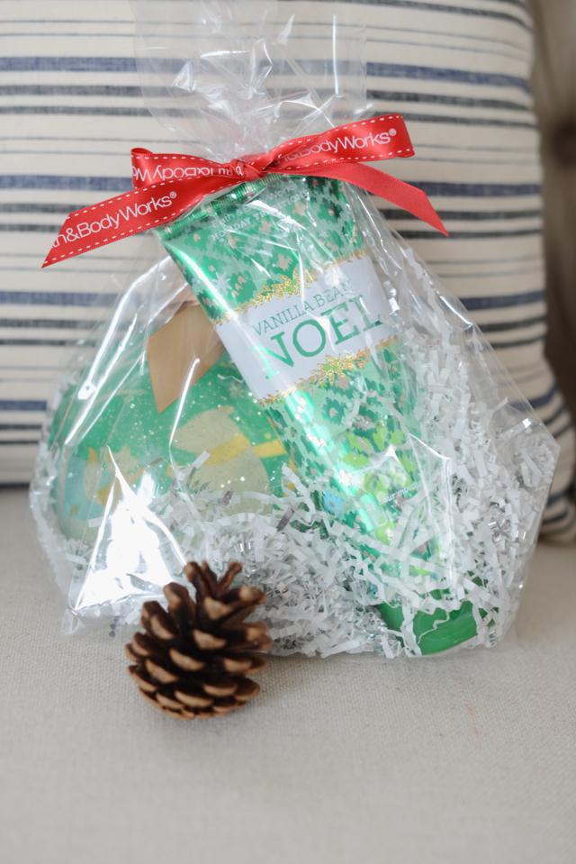 giving Vanilla Bean Noel from Bath & Body Works M Loves M @marmar