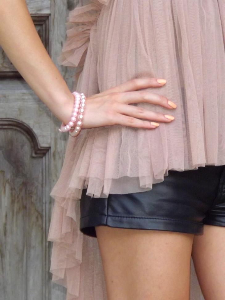 leather Shorts Lady Dragon Heart Rubber Shoes Melissa Vivienne Westwood hair bun