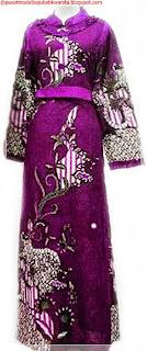 Model baju batik gamis motif bunga
