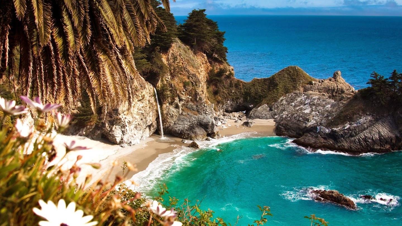 McWay Falls, Big Sur, Monterey, California, USA