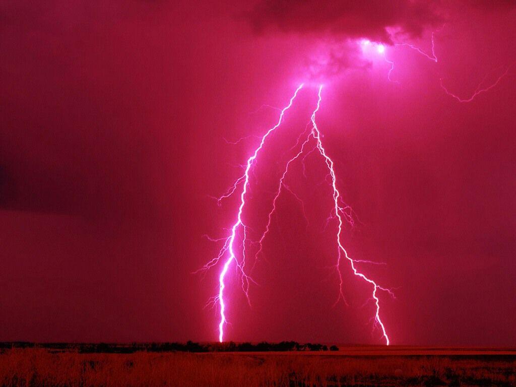 Lightning/Thunderbolt Wallpaper