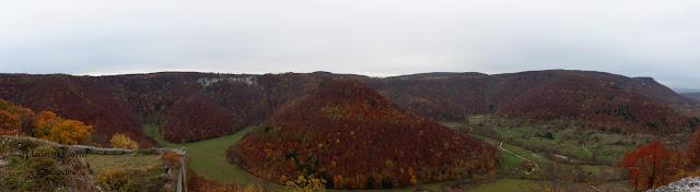 Eine Panoramaaufnahme von der Festungsruine Hohenurach