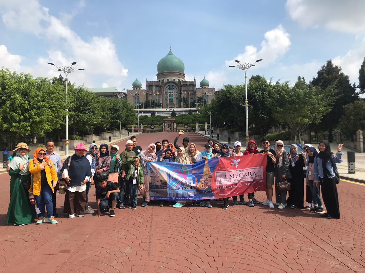 TOUR 3 NEGARA (KL-SIN-THAI) 16 - 21 JAN 2019