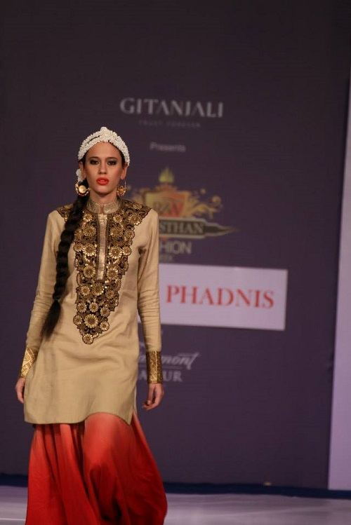 The gallery for --> Vikram Phadnis Anarkali Collection 2013
