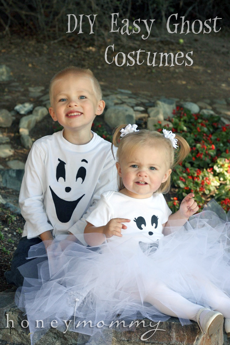 ... her a tutorial with step-by-step instructions so she can recreate the ghost costumes for her kids. So I thought I might as well share it with you all!  sc 1 st  Honey Mommy & Honey Mommy: DIY Easy Ghost Costumes