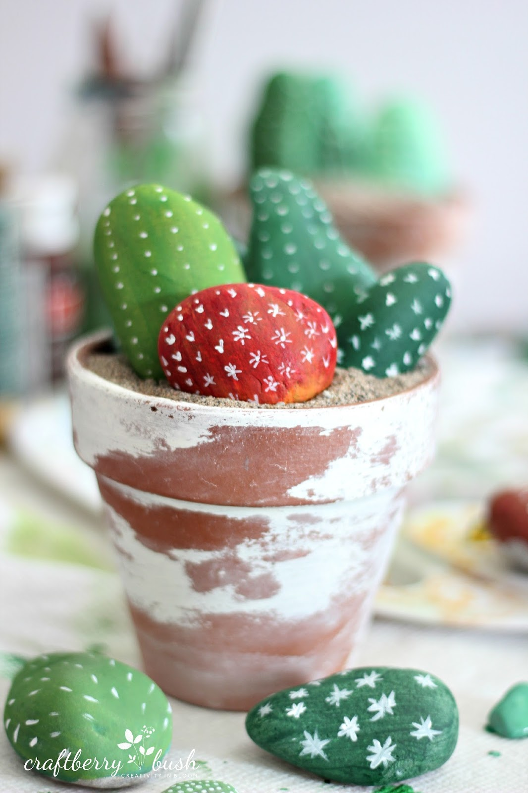 Cactus painted rocks munchkins and mayhem for Crafts made from rocks