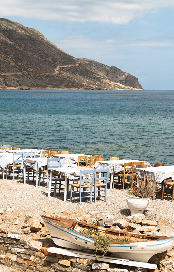 Tavern by the sea at Elounda, Crete | My Paradissi