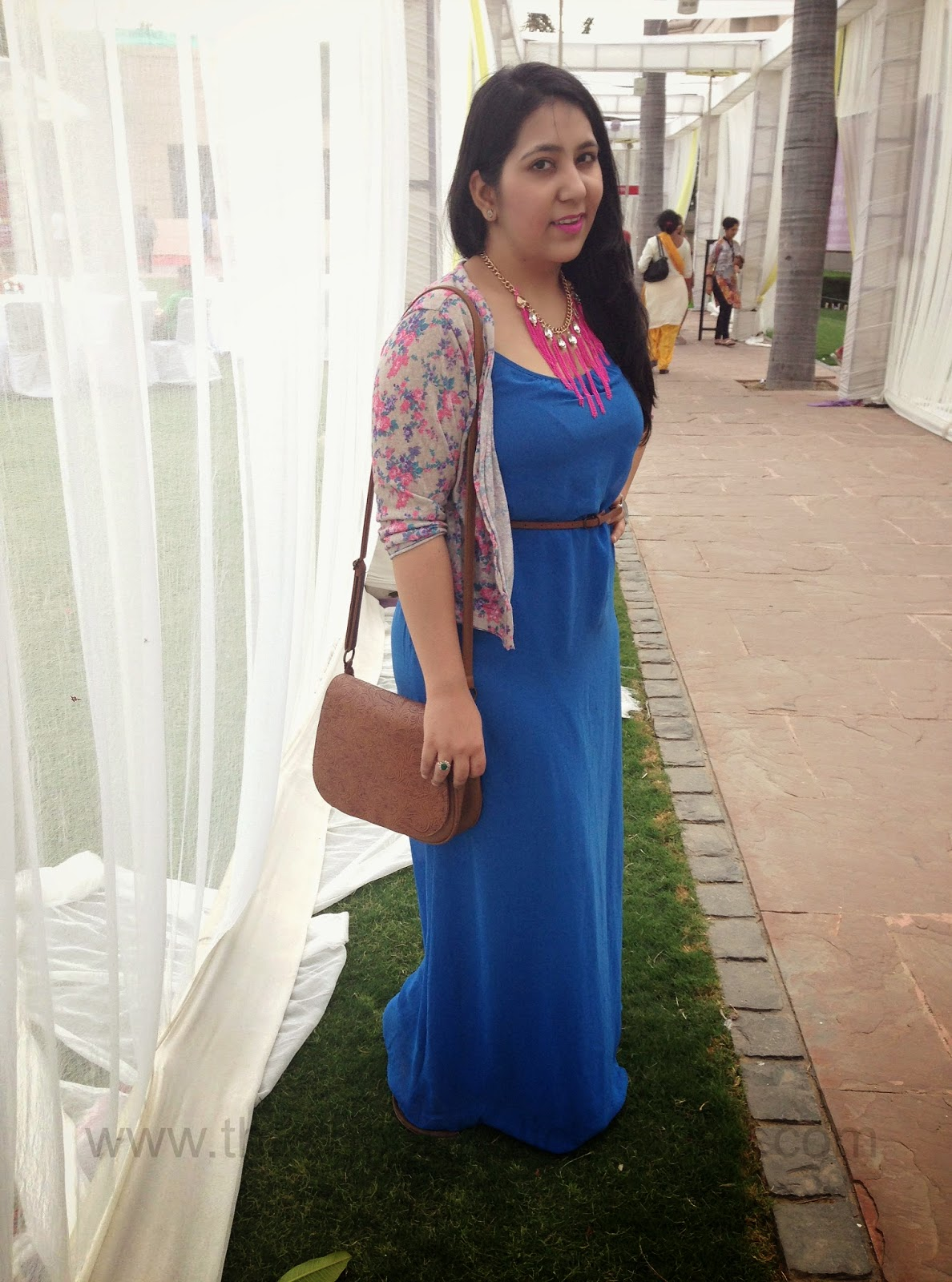 Ootd Going Maxi On A Breezy Day Maxi Dress And Floral Shrug