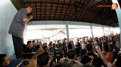 Foto Presiden SBY Blusukan
