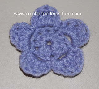 free-crochet-flower-pattern-free crochet patterns-crochet patterns-free-crochet patterns baby