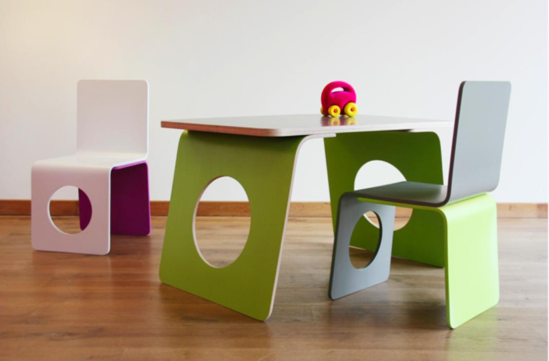 Dissenynens mobiliari per nens belga de la m de sohier for Que es mobiliario