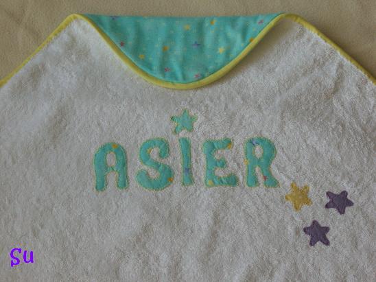 Las puntadas de su capa de ba o bebe con capucha patchwork - Capas de bano bebe personalizadas ...