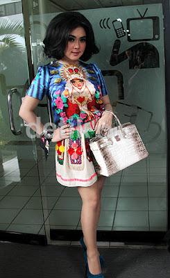 Foto Model Rambut Barbie Syahrini