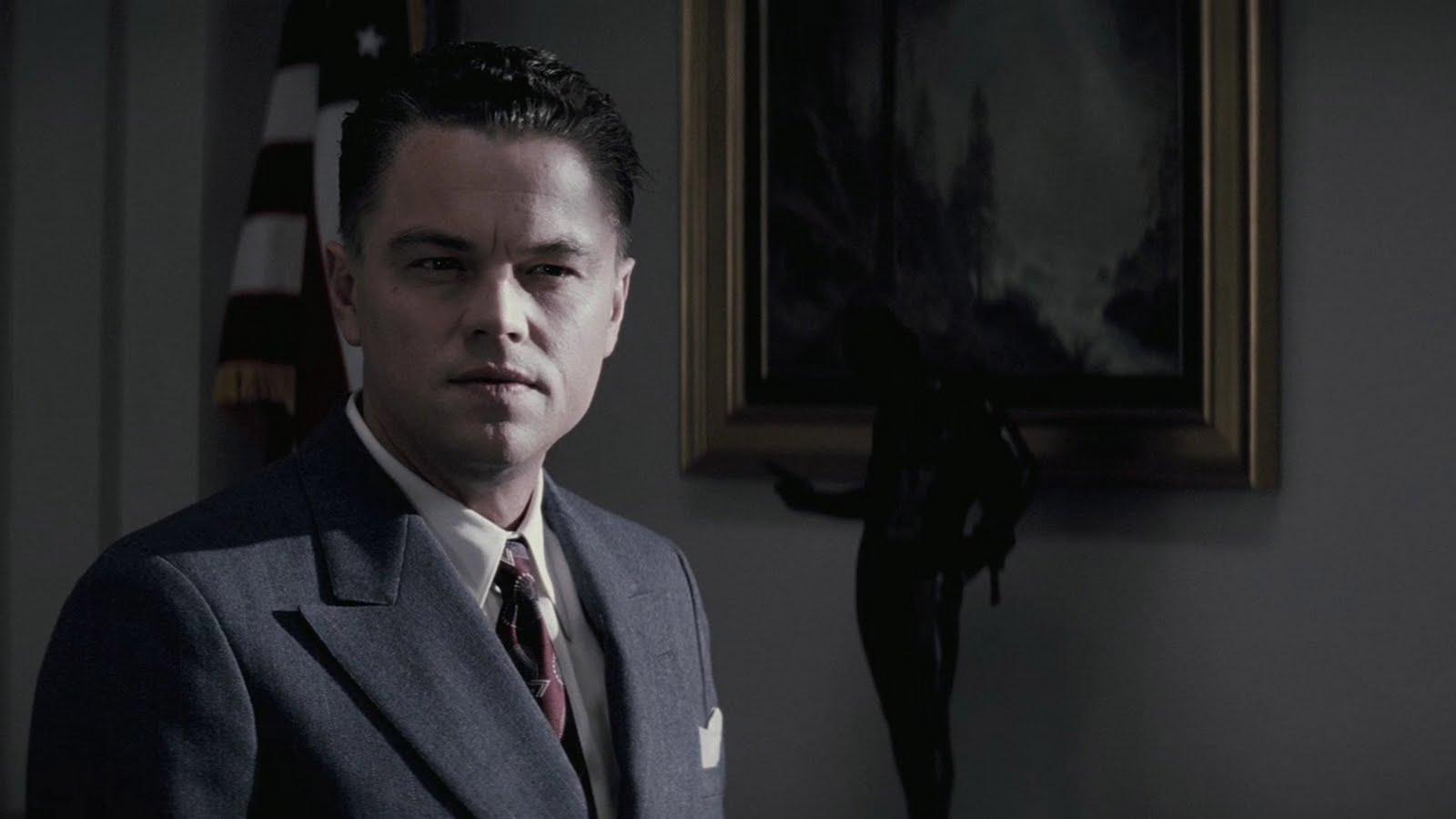http://1.bp.blogspot.com/-TZxVB5YfQAk/TphQGvZU4oI/AAAAAAAAFWo/lIQmtka2K-U/s1600/j-edgar-movie-Leonardo-DiCaprio-5.jpg