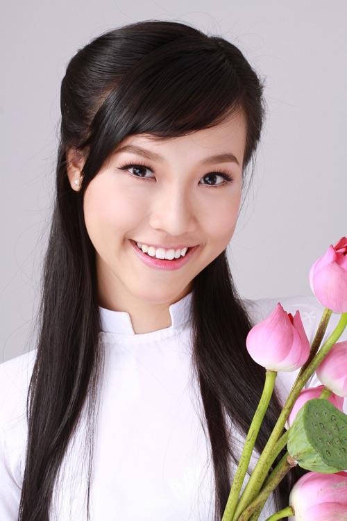Ảnh Thùy Trang lọt top 3 khoảnh khắc ấn tượng AsNTM - Giáo