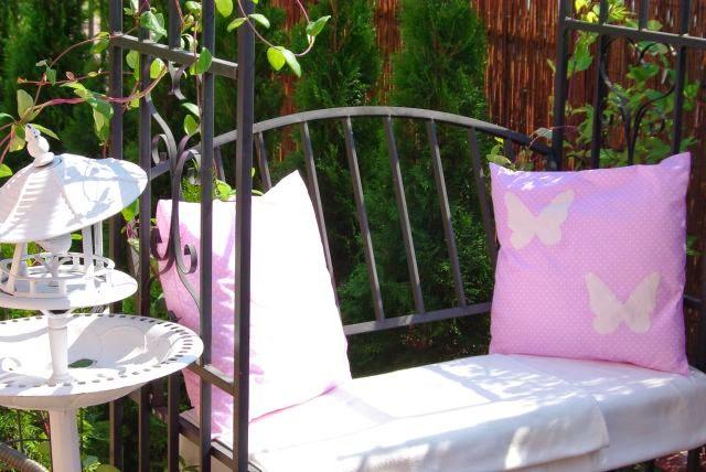 poszewka , motyl , motyle , poduszka z motylem , róż , shabby , hand made , rękodzieło