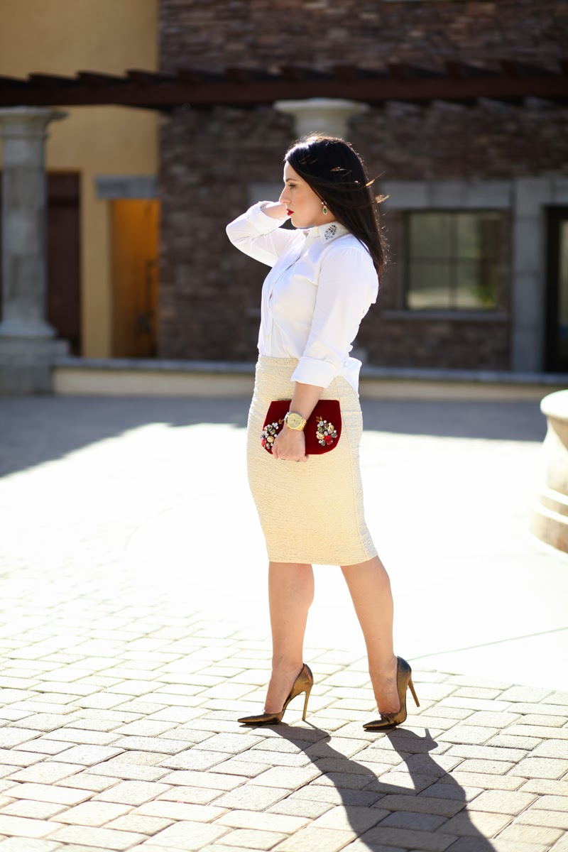 sparkly pencil skirt red velvet clutch fashion blog holiday