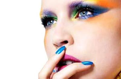 Maquiagem 3D lilas