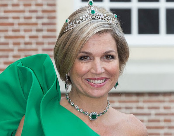 Happy Birthday to the always smiling Queen Maxima.