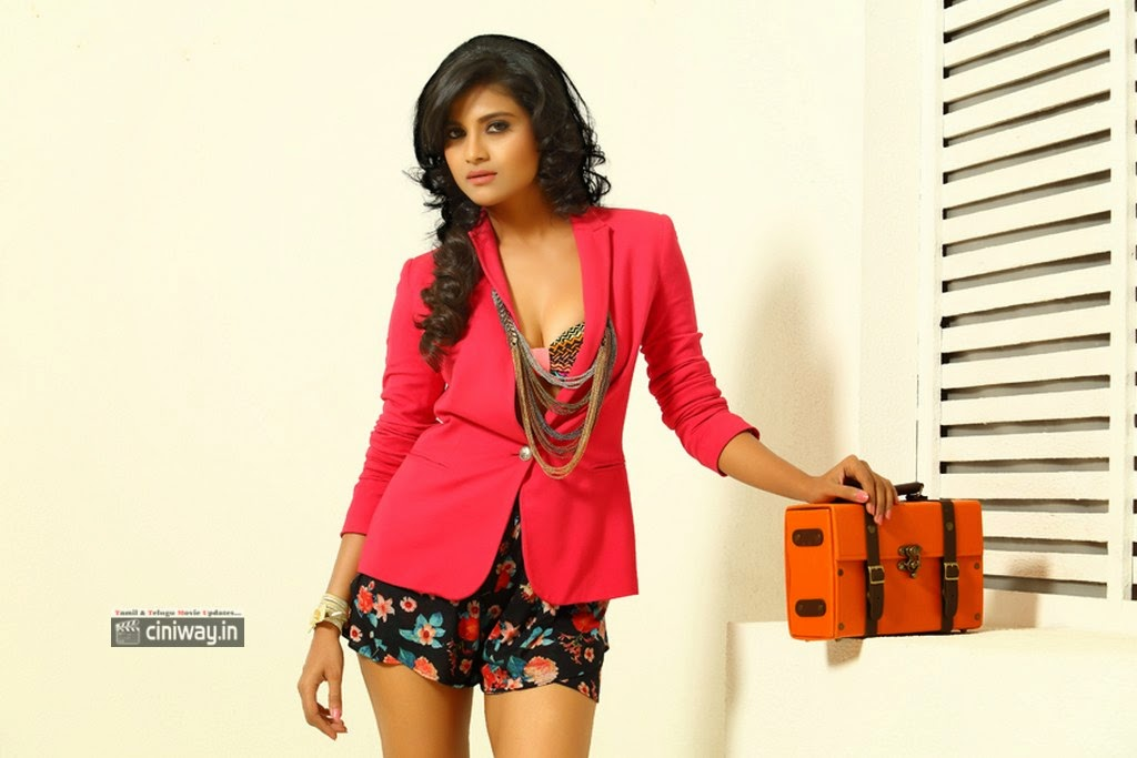 Actress-Devyani-Photo-Shoot