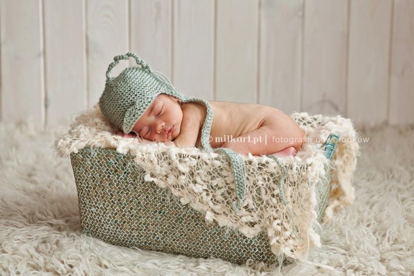fotografia rodzinna, sesje noworodkowe w poznaniu, fotograf niemowlęcy, artystyczne zdjęcia niemowlaków w poznaniu