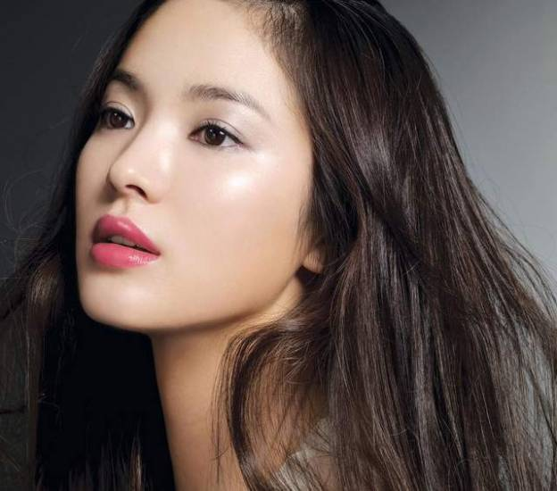 All in all, none of the rumors about Song Hye Kyo plastic surgery have been  confirmed, at least yet. Her fans agree that sometimes actress looks  unnaturally ...